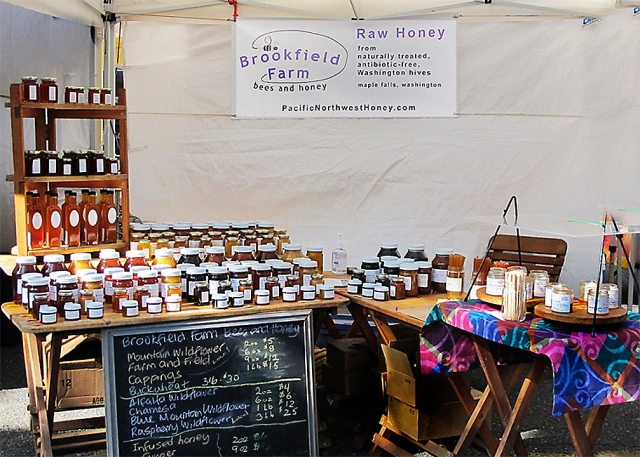 Brookfield Farm Bees And Honey Market Booth - Ballard & Fremont Markets Seattle